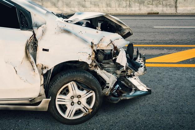 کارهای ضروری هنگام تصادف با خودرو در کانادا