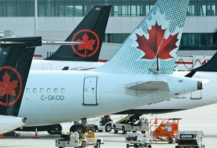 شرکت هواپیمایی ایر کانادا ۲۶٠٠ نفر از کارمندانش را به کار بازمیگرداند
