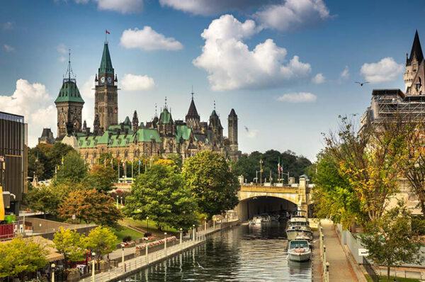 گرمترین مناطق کشور سردسیر کانادا