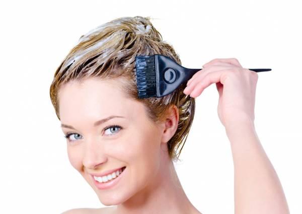 راهکار پاک کردن لکههای رنگ مو از پوست