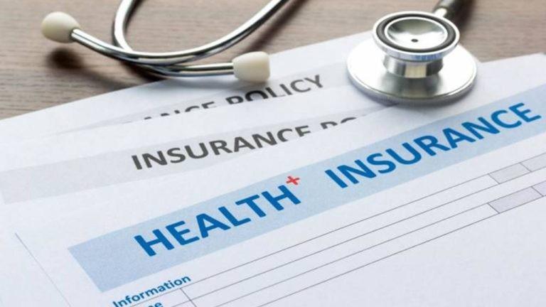 بیمه عمومی و خصوصی کانادا