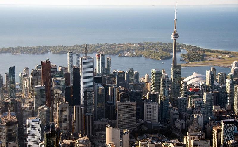 خرید خانه و گرفتن اقامت در کانادا