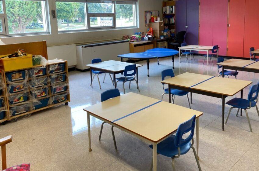 تورنتو در انتظارِ آغازِ واکسیناسیون کودکان مدرسه ای