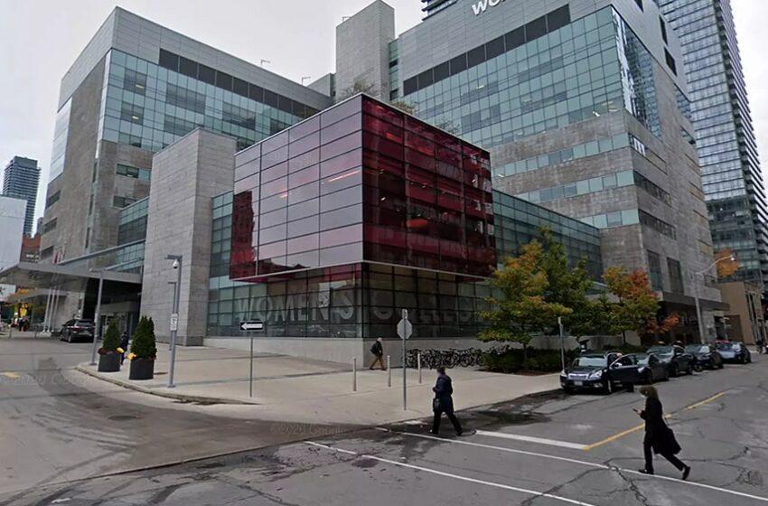 تورنتو: یک زن ادعا کرد که بهعلت واکسن نزدن از خدمات پزشکی محروم شده است